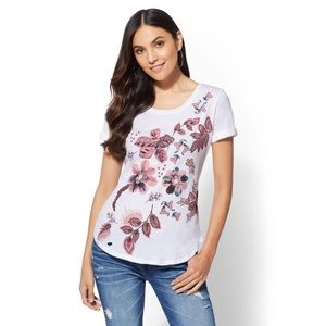 NWT NY & Co White Rolled-Sleeve Floral Graphic Tee
